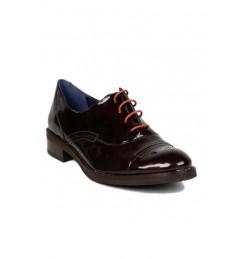 """Zapatos masculinos para Mujeres muy femeninas"""